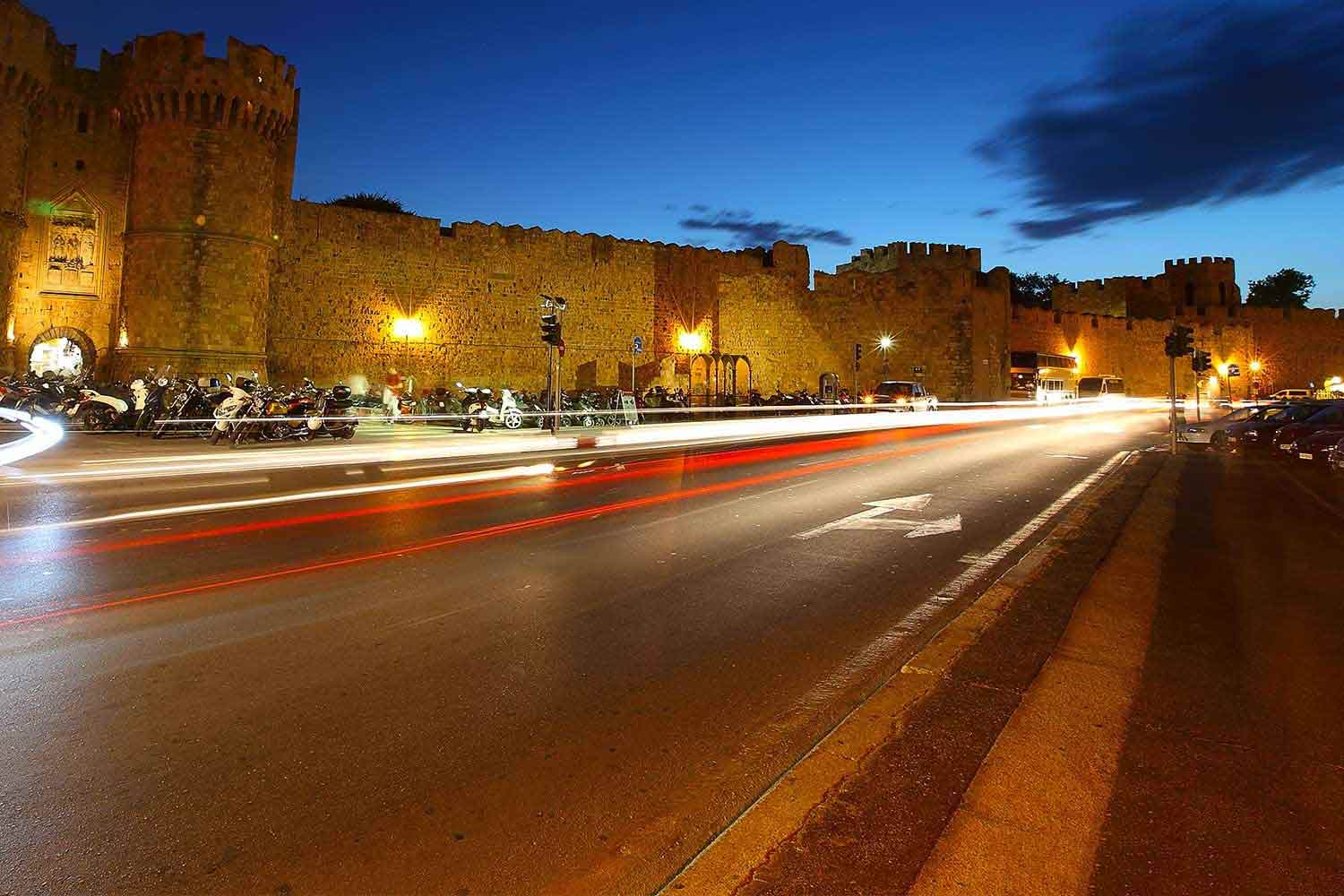 Tips for renting a car in Rhodes Island